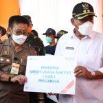 Mentan Pantau Penyaluran KUR di Kabupaten Serang